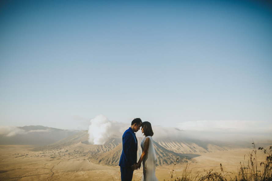 mount bromo and bali mountain pre wedding photography